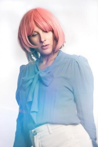 Model Reni Roja - Simone Gernhardt Lensbaby Velvet & Omni Filter Photography